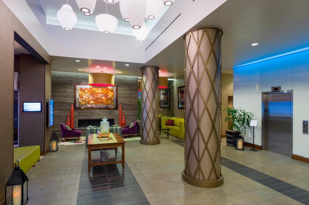 gallery image of this property - Hilton Garden Inn Midtown East