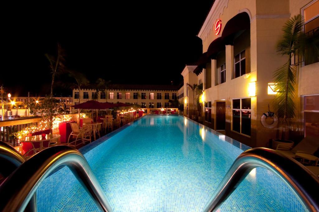 Rooms: Spanish Court Hotel, Kingston, Jamaica