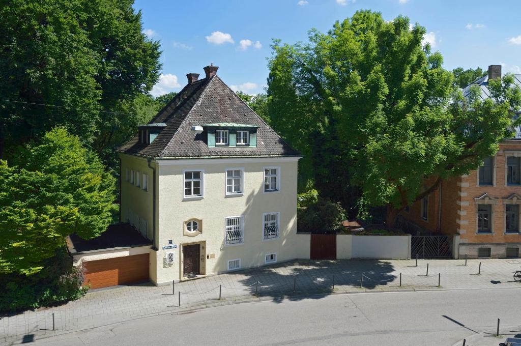 Frederics Residenz Am Englischen Garten Munich Updated 2019 Prices