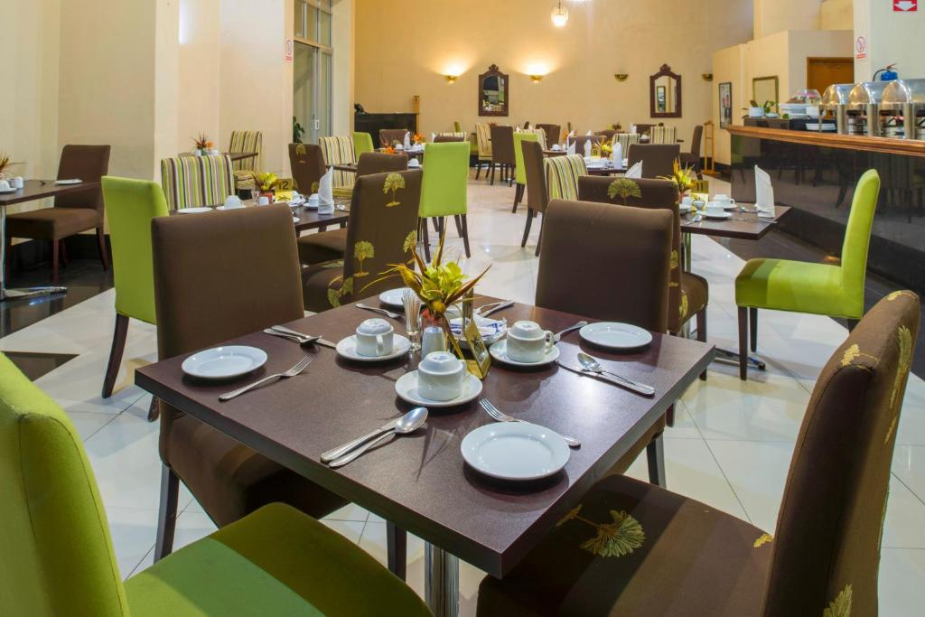 ambassador dining room. Gallery image of this property New Ambassador Hotel  Harare Zimbabwe Booking com