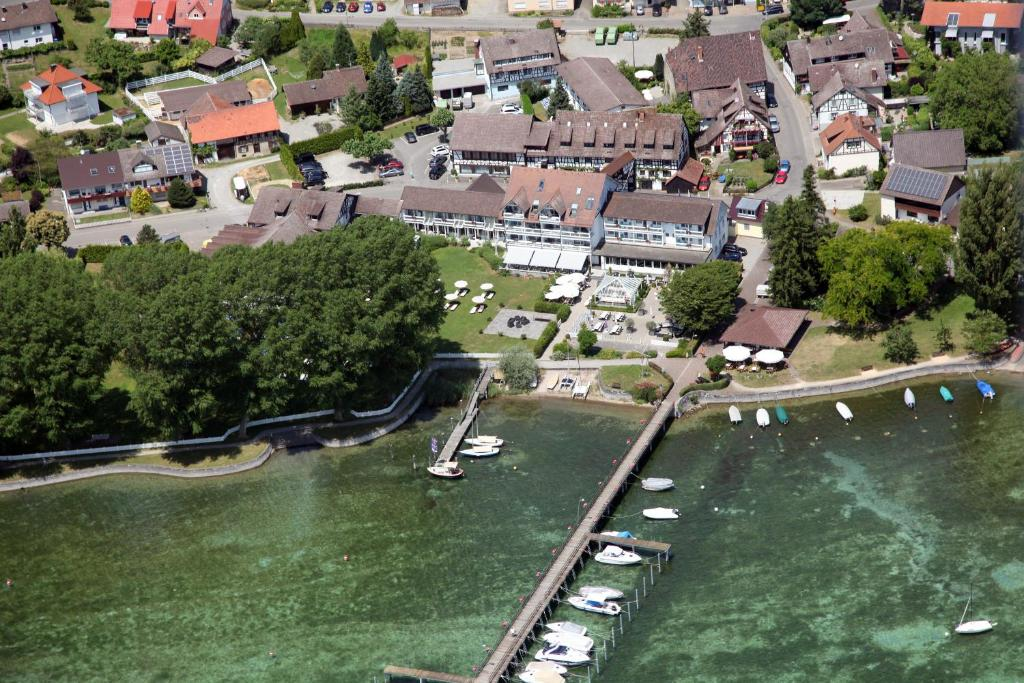 Hotel Hoeri Am Bodensee Gaienhofen Germany Booking Com