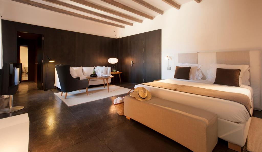 boutique hotels in pollença  28
