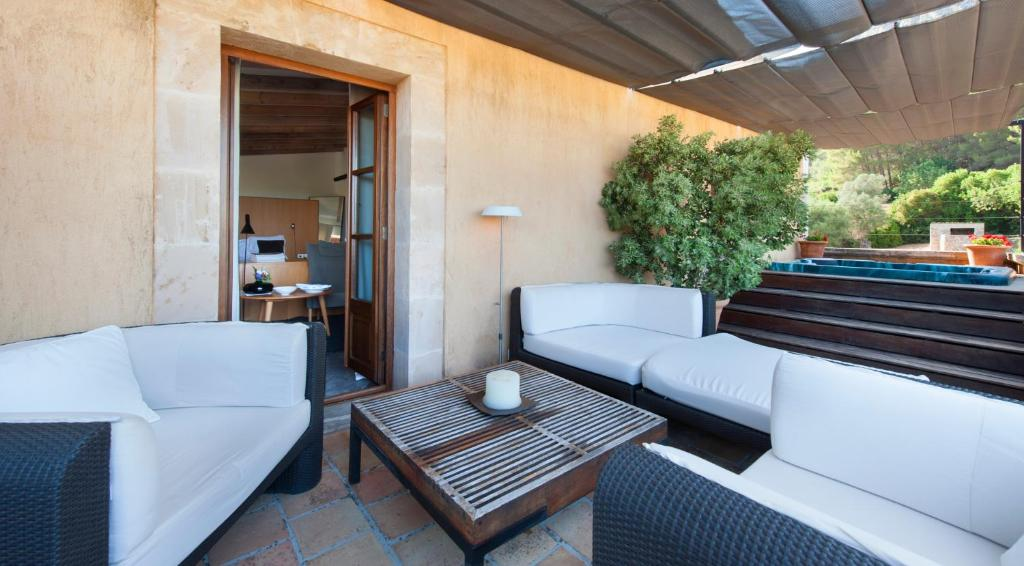 boutique hotels pollenca  24