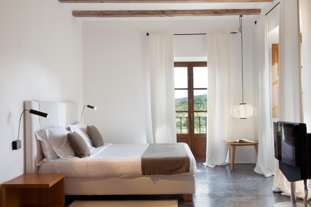 boutique hotels in pollença  13