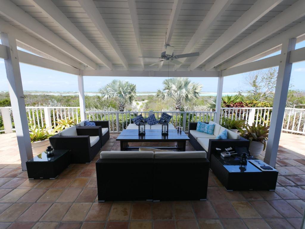 Calypso Home Furniture Vacation Home Calypso Hill Hartswell Bahamas Bookingcom
