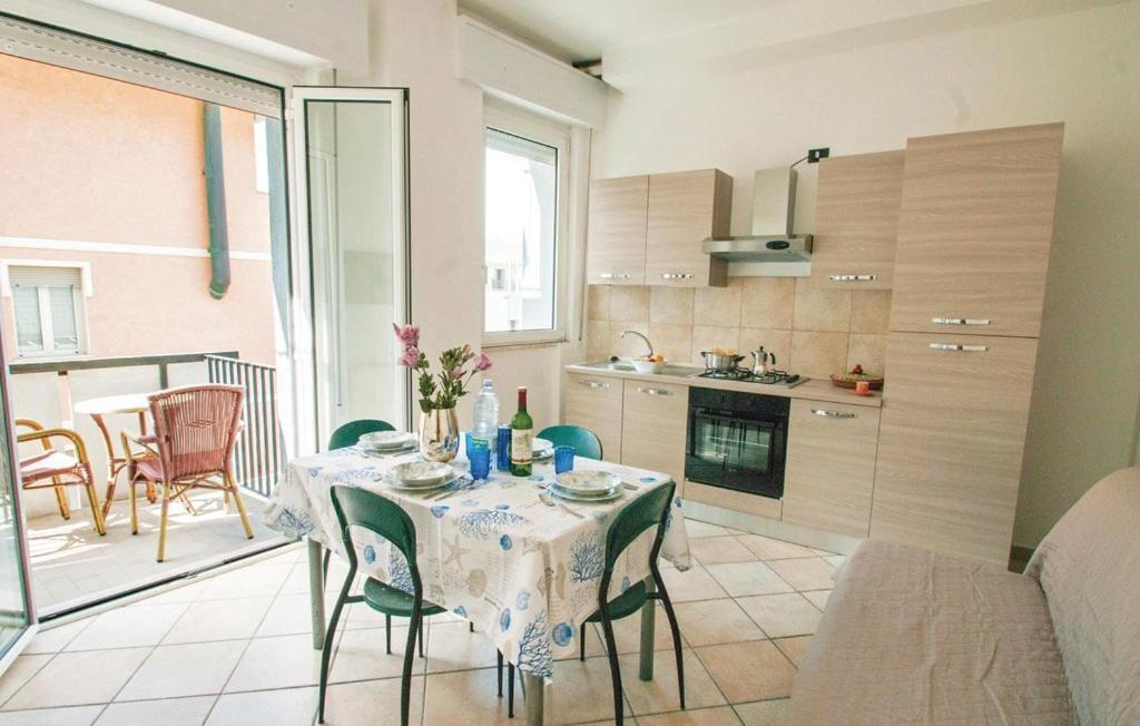 Ufficio In Condivisione Rimini : Residence doral rimini u prezzi aggiornati per il