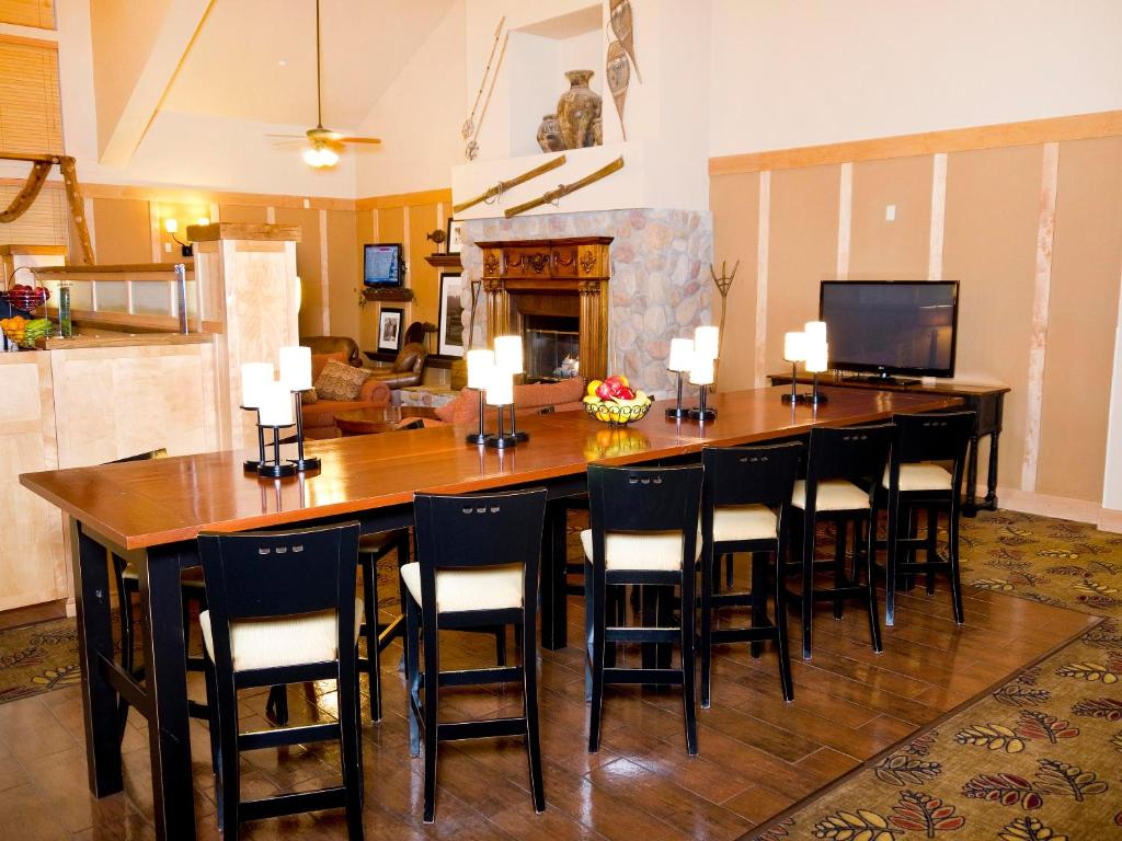Hotel Hampton Steamboat Springs, CO - Booking.com