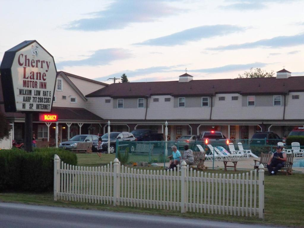 Hotel Cherry Lane Motor Amish, Ronks, PA - Booking.com on lancaster county, silver spring, new holland, nickel mines,