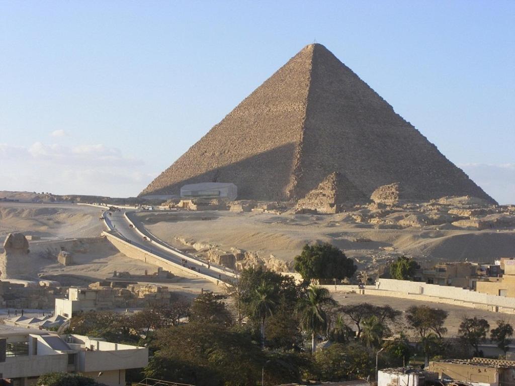 ベスト ビュー ピラミッズ ホテル(Best View Pyramids Hotel)