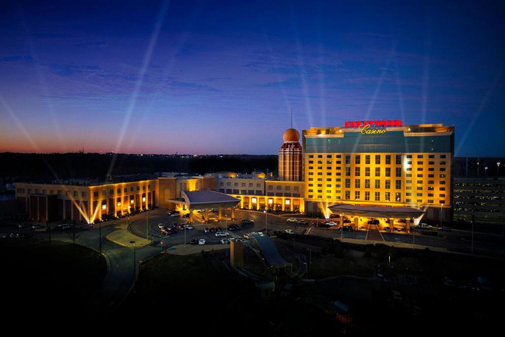 Hollywood Casino Hotel St Charles Mo