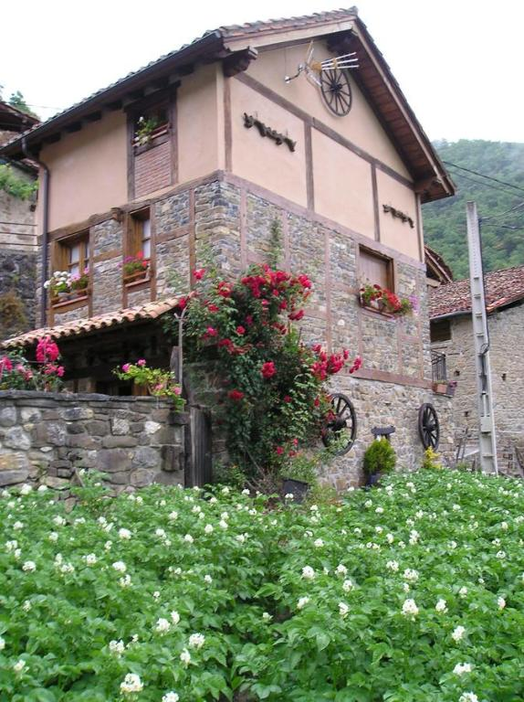 Chalet Turístico El Álamo imagen
