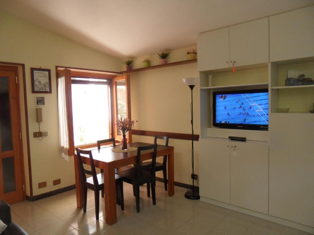 Colosseum Cottage, Rome, Italy - Booking.com