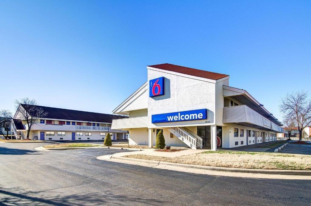Image result for motel 6 springfield north