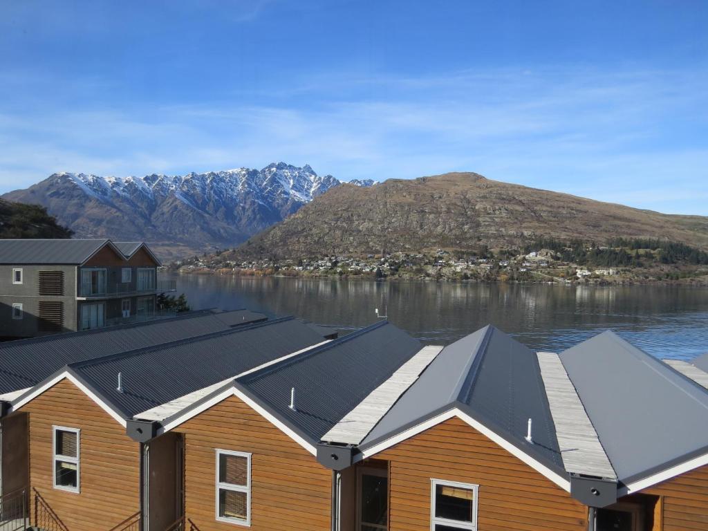 alpine village apartments, queenstown, new zealand - booking