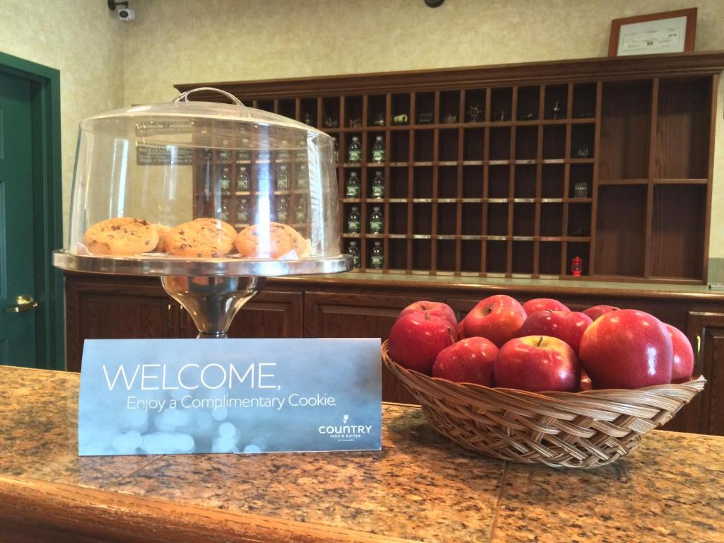 country inn suites newark de booking com rh booking com