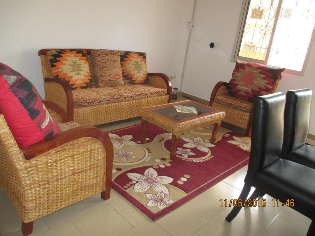 Appartement Meubl Yaound Cameroon Booking Com # Meuble Tv Yaounde