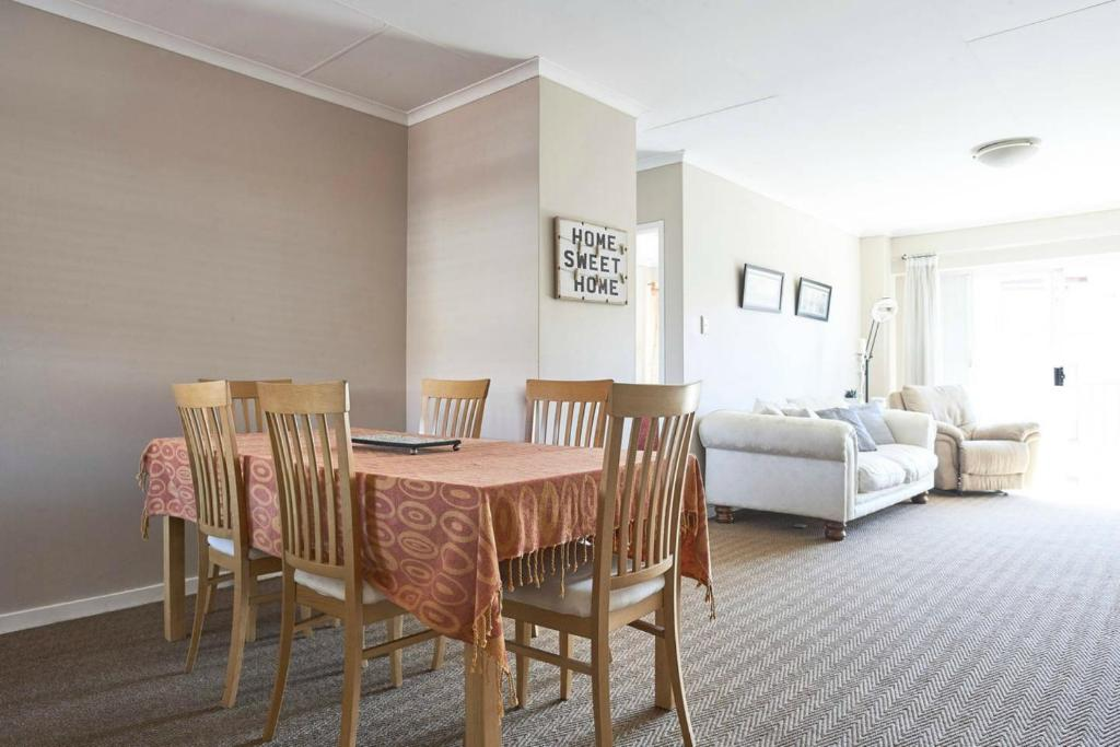 Oval Gardens Apartment Centurion South Africa Rooms