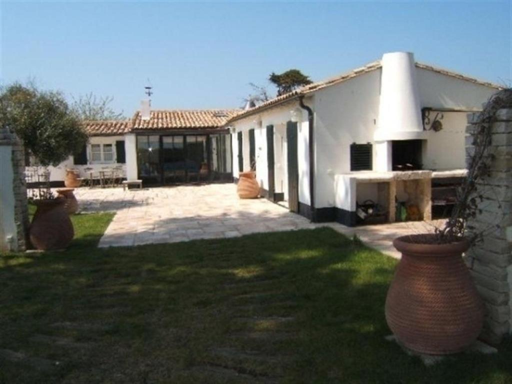 Rental villa villa contemporaine avec grand jardin proche ars en ré france deals