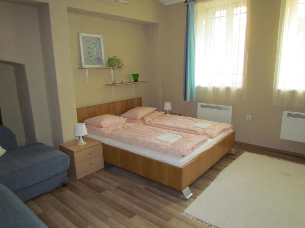 A room at Taban Apartment
