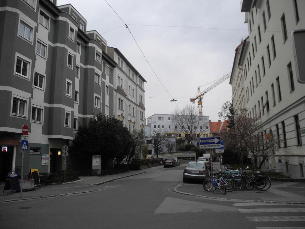 Apartment Grazer Spatz, Austria - Booking.com