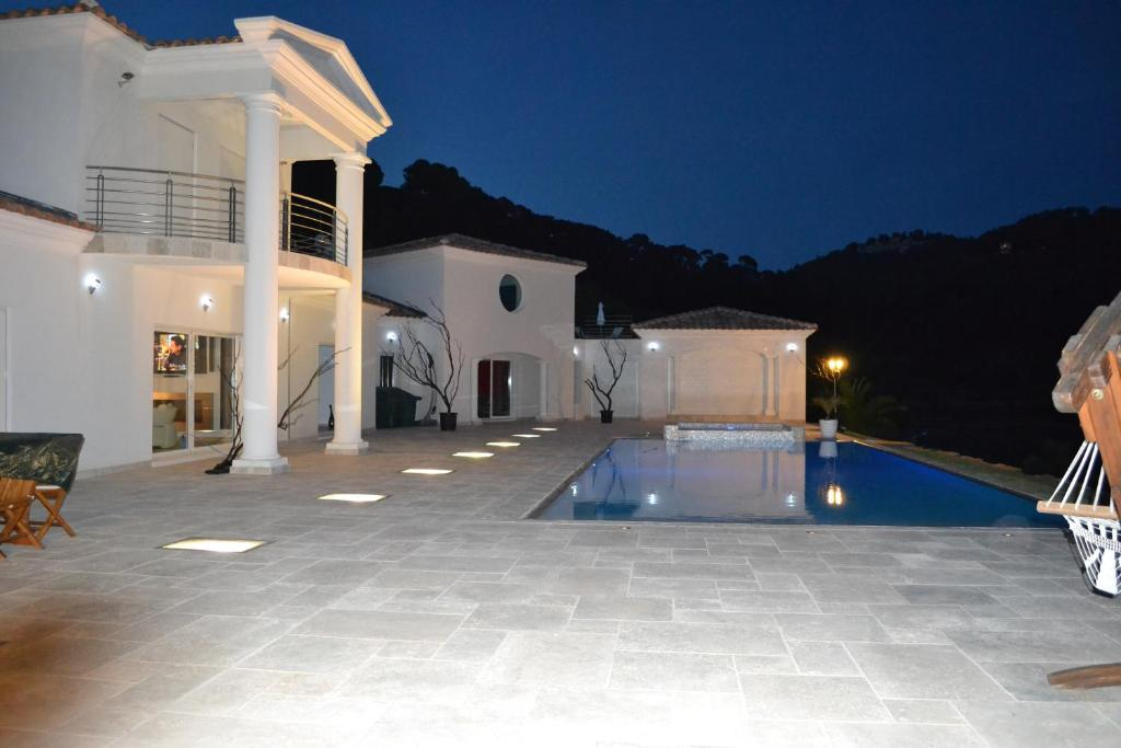 Formidable La Villa Blanche Marseille #7: Gallery Image Of This Property