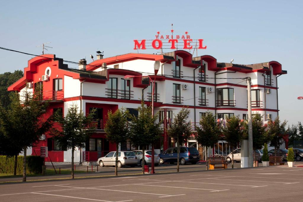 Bar and motel