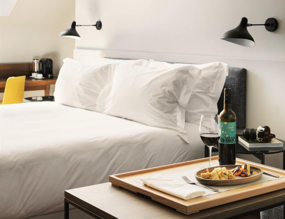 boutique hotels madrid  56