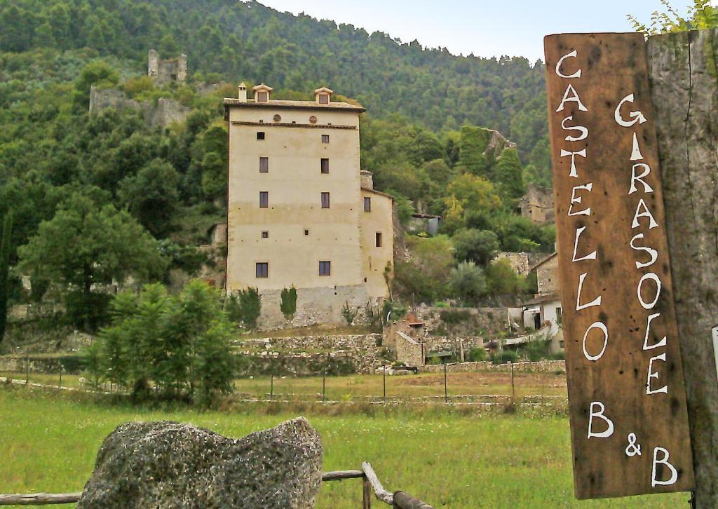 A garden outside Castello Girasole