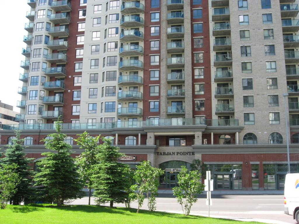 Apartment Tarjan Place by Imperial Suites, Calgary, Canada ...