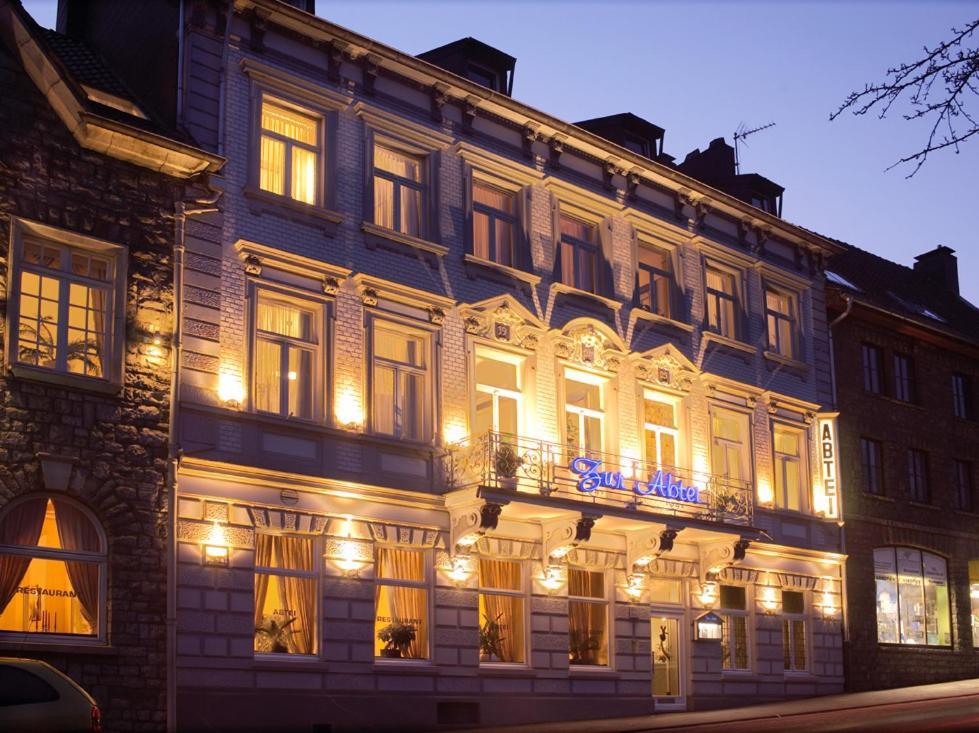 Design hotel zur abtei deutschland aachen for Designhotel deutschland