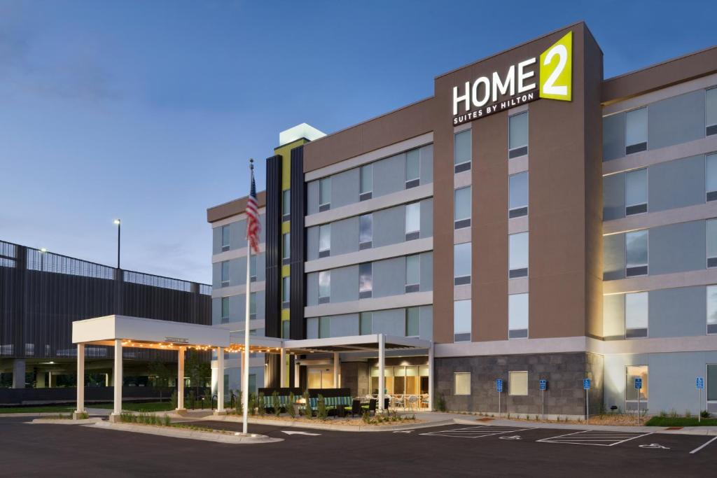 Hotel Home2 Suites By Hilton Roseville Mi Mn Booking Com