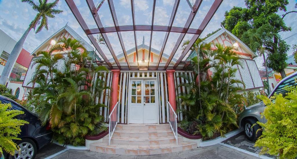 Rooms: Indies Hotel, Kingston, Jamaica