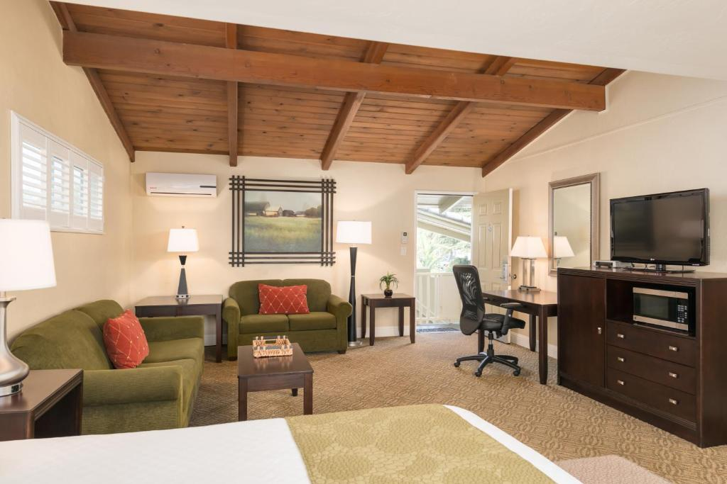 Gallery image of this property Country Inn