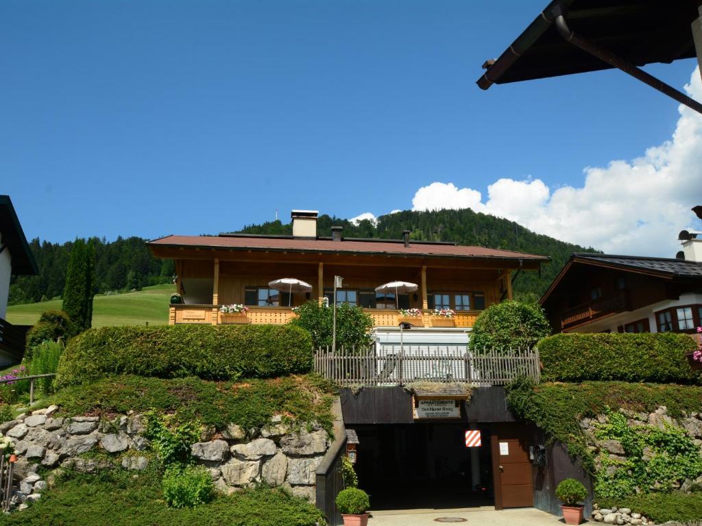 Apartment Landhaus Kunz, Reit im Winkl, Germany - Booking.com