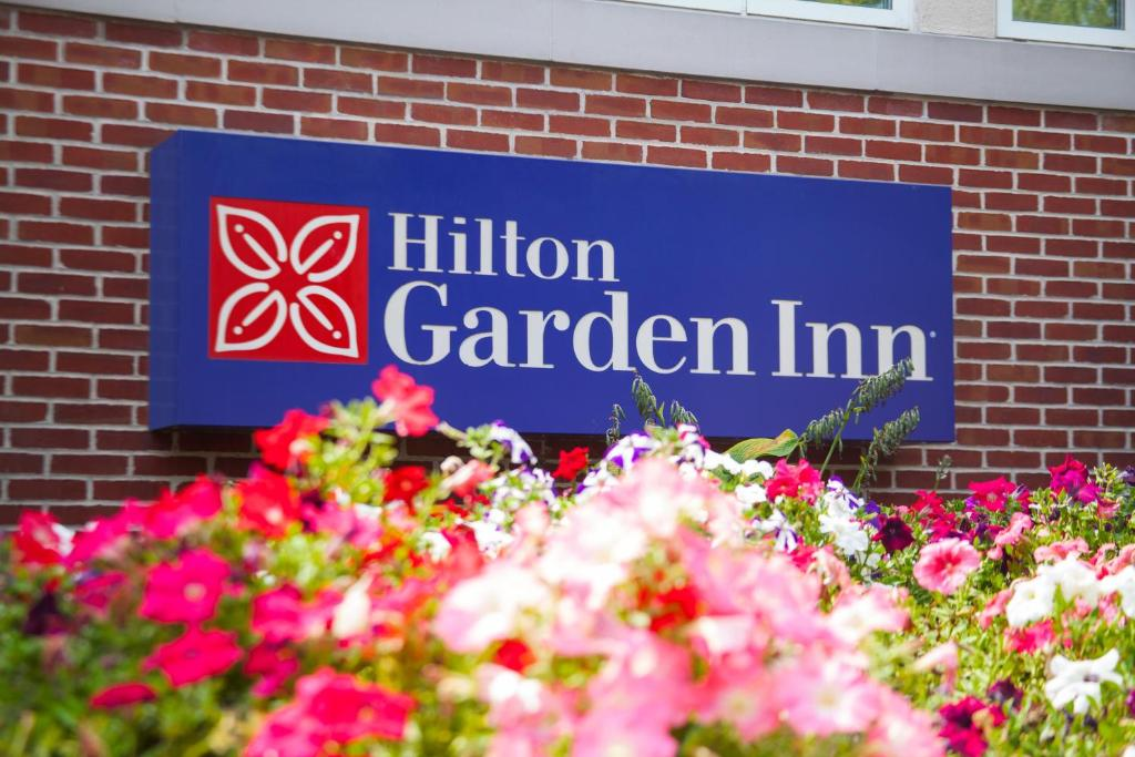 hilton garden inn lancaster reserve now gallery image of this property gallery image of this property gallery image of this property - Hilton Garden Inn Lancaster Pa