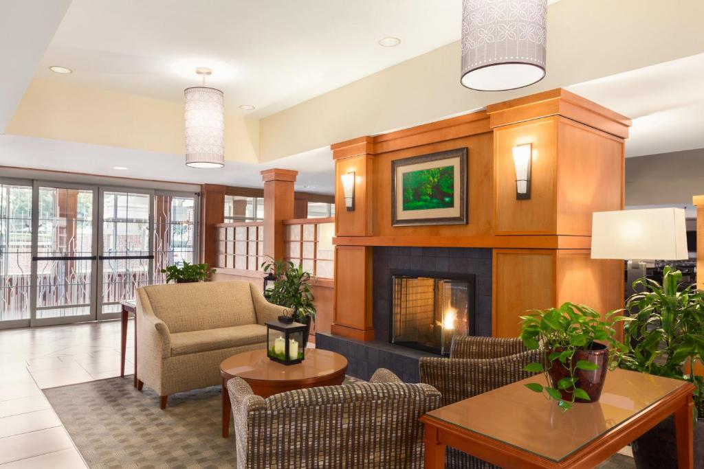 gallery image of this property - Hilton Garden Inn Lancaster