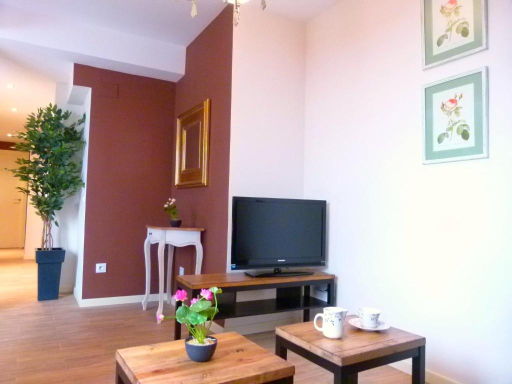 Apartment Aptos Casas de los Reyes, Toledo, Spain - Booking.com