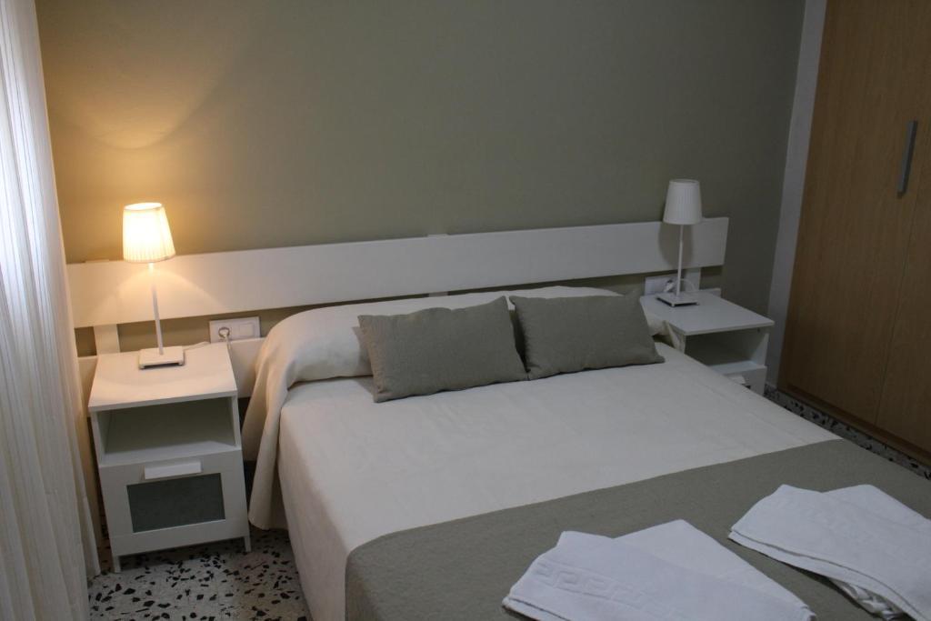 gran imagen de Apartamentos Bolonia Paraiso