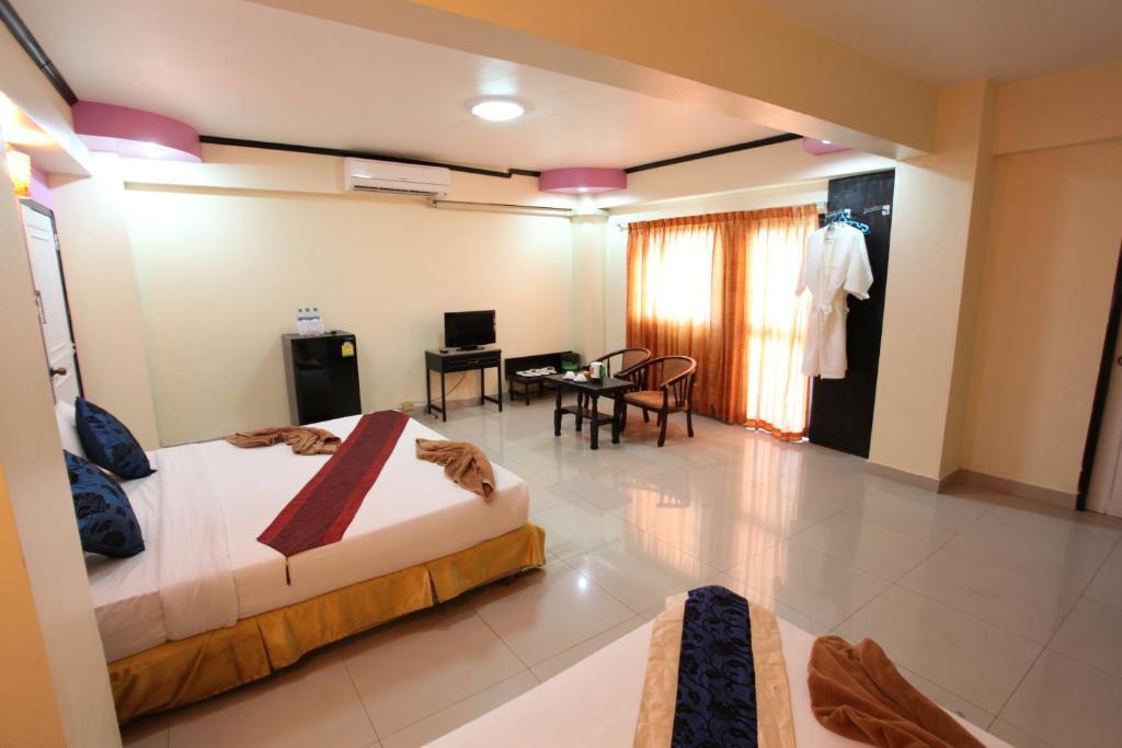 ホーム パタヤ ホテル(Home Pattaya Hotel)