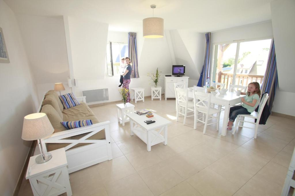 Apartments In Saint-étienne-la-thillaye Lower Normandy