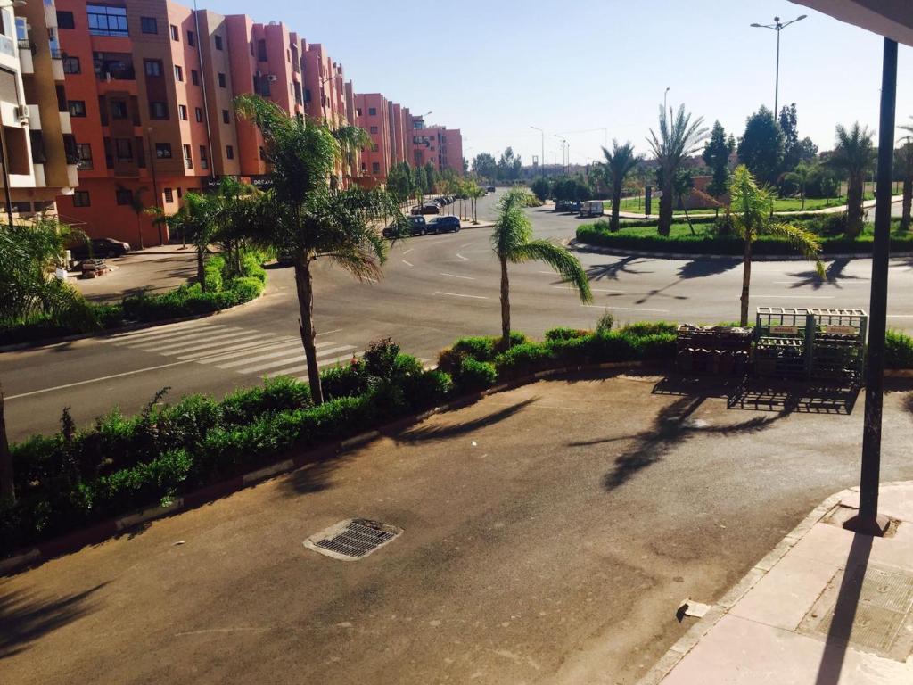 appartement duplex gueliz marrakesh morocco. Black Bedroom Furniture Sets. Home Design Ideas