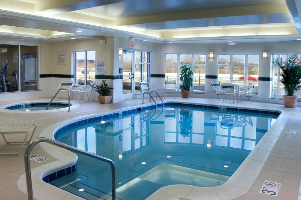 hilton garden inn akron canton airport reserve now gallery image of this property gallery image of this property - Hilton Garden Inn Akron
