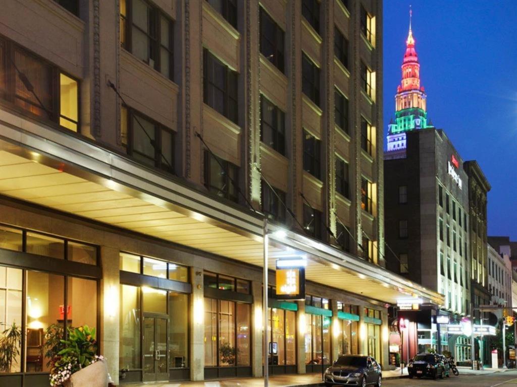 Condo Hotel BridgeStreet at Six Eight, Cleveland, OH - Booking.com