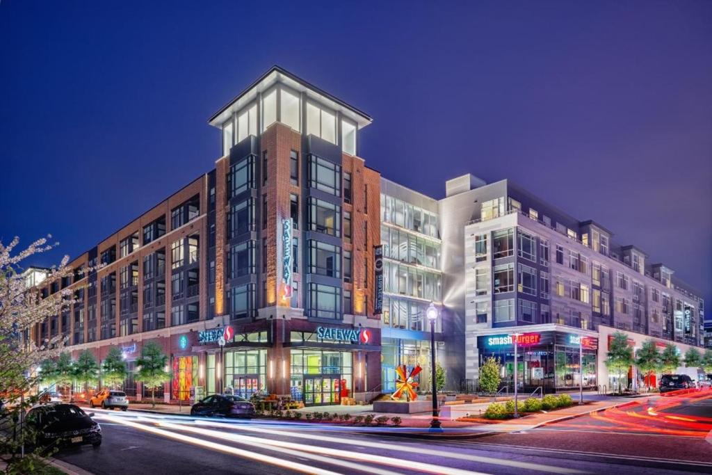 Apartment bridgestreet at the alaire rockville md for Italian kitchen silver spring