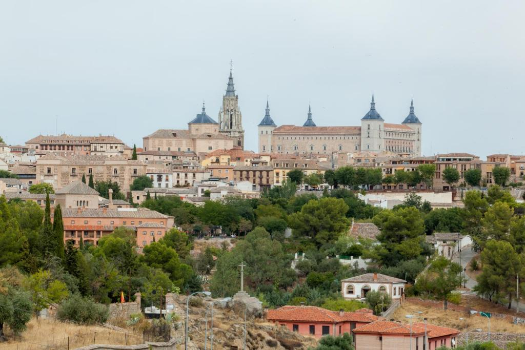 boutique hotels in toledo  36