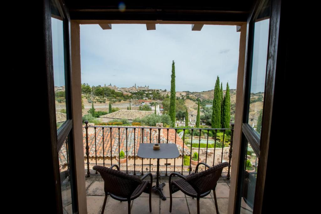 boutique hotels in toledo  28