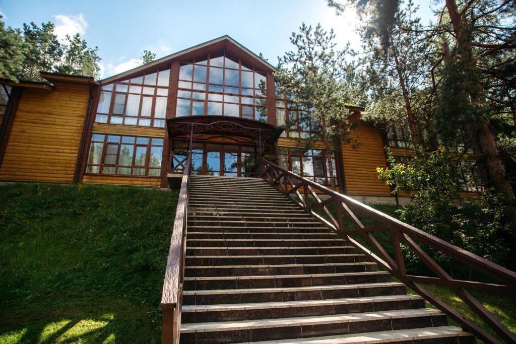 Смоленск отель новый мангальные места барбекю электрические камины dimplex bach