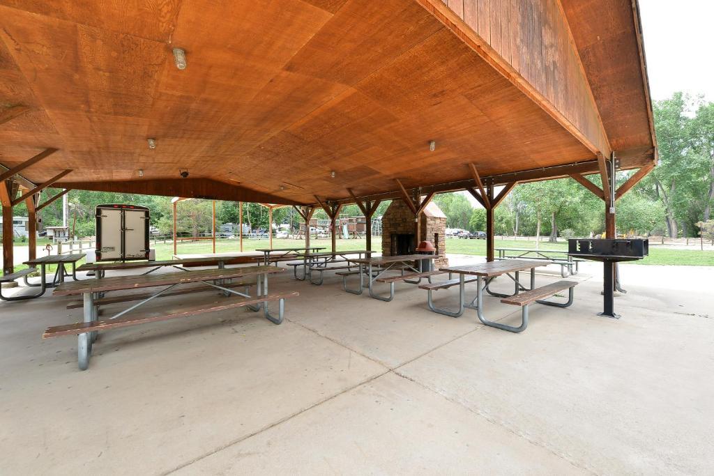 Campsite Riverview RV Park Loveland USA