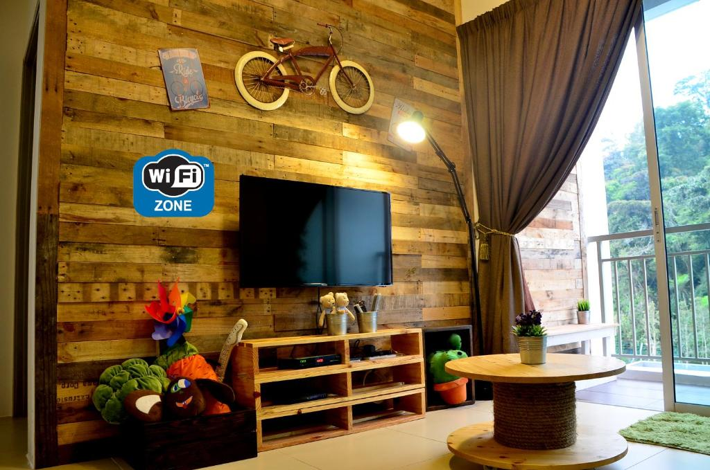 The Woodz Homestay Brinchang Malaysia Booking Com