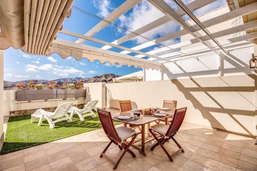 Motor Grande Puerto Rico Apartments, Spain - Booking.com